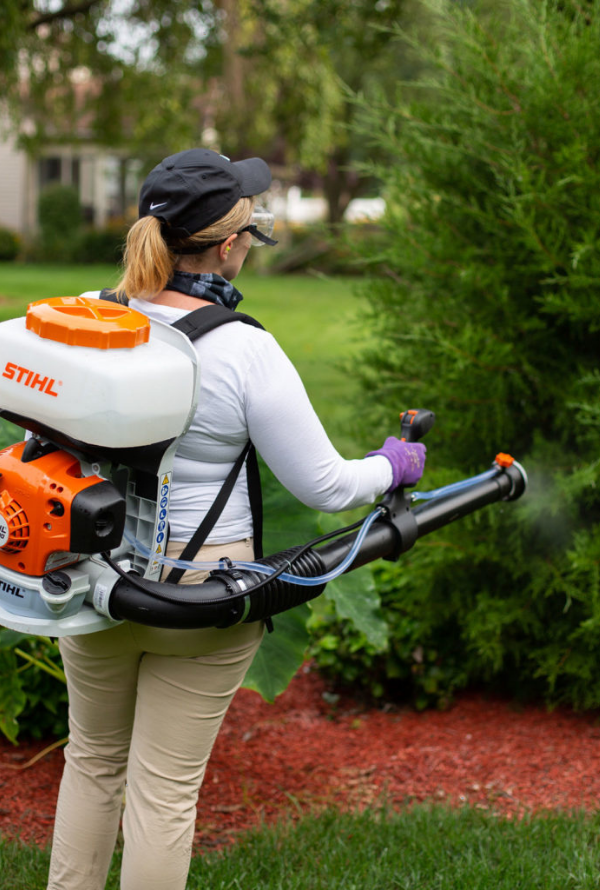 Natural mosquito spray for yards